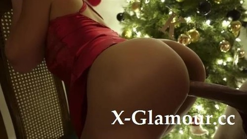 Naughty Girl Makes Big, Long Cock Cum Twice And She Gets A Christmas Creampie [HD]
