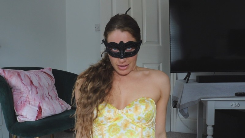 Bootyful nylon queen - Mummy Takes Your Virginity [FullHD 1080P]