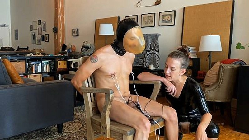 Kino Payne And Elise Graves - Kino Gets The Single And Double Rebreather [HD 720P]