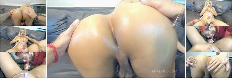 Lizzy Laynez - My cousin gives me a footjob and ends up fucking me hard (HD)