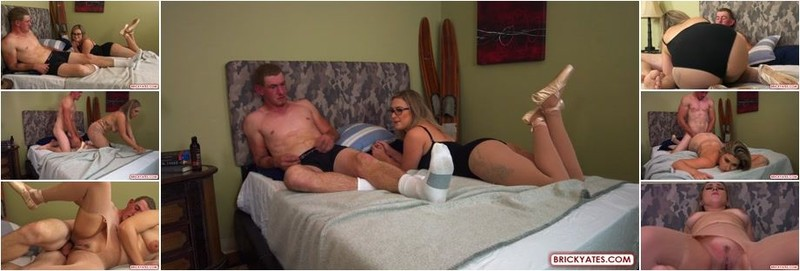 Larry, August - A BALLERINA ONCE TOLD ME SHE LOVES THE FEELING OF HE ASS GETTING STRETCHED OUT (FullHD)