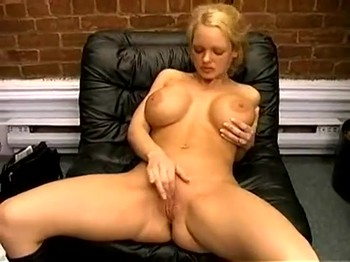 Blonde with big tits was hypnotized by the boss and fucked in his office
