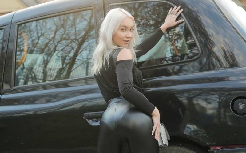 Marilyn Sugar - Girl In A Bag Left On Backseat - Watch XXX Online [FullHD 1080P]