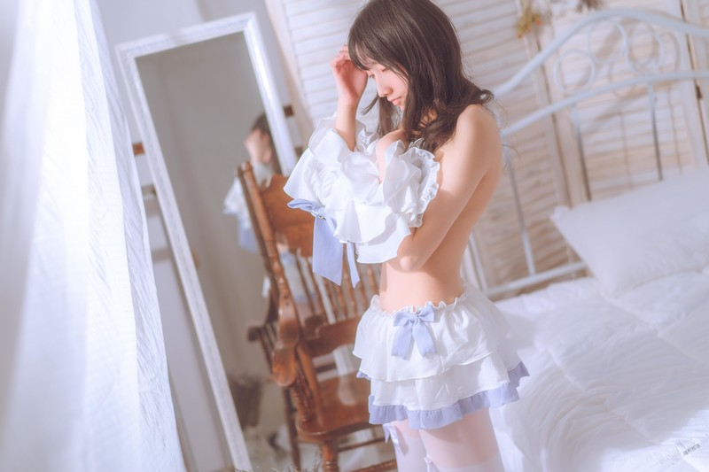 原創AV-卡在洗衣機的姐姐楊柳