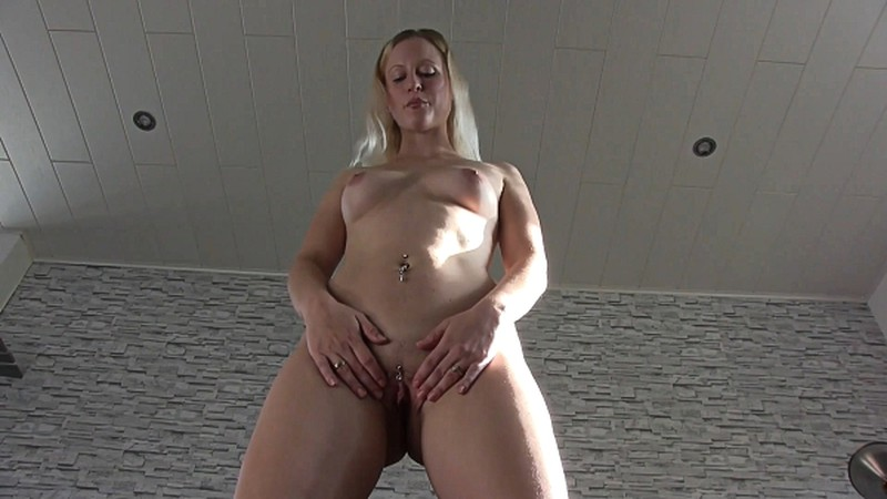 Blonde Witch - Be My Foot And Piss Slave With Pee And Dirty Talk [FullHD 1080P]