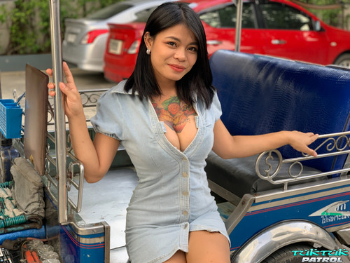 Tuktukpatrol - Jenny: Tatted Big Boobs Playtime Honey  new 2021