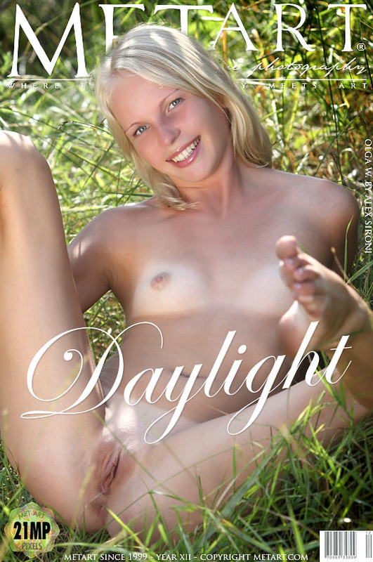 Olga W - Daylight (x119)