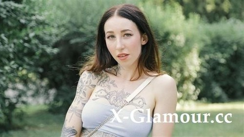 "Esluna in ""A Blowjob For A Free Tattoo"" [FullHD]"