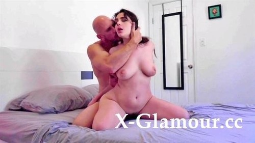 Johnny Sins - Johnny Sins - Booty Call Fuck Against The Wall W Thick Spanish, Valentina Nappi (2020/HD)